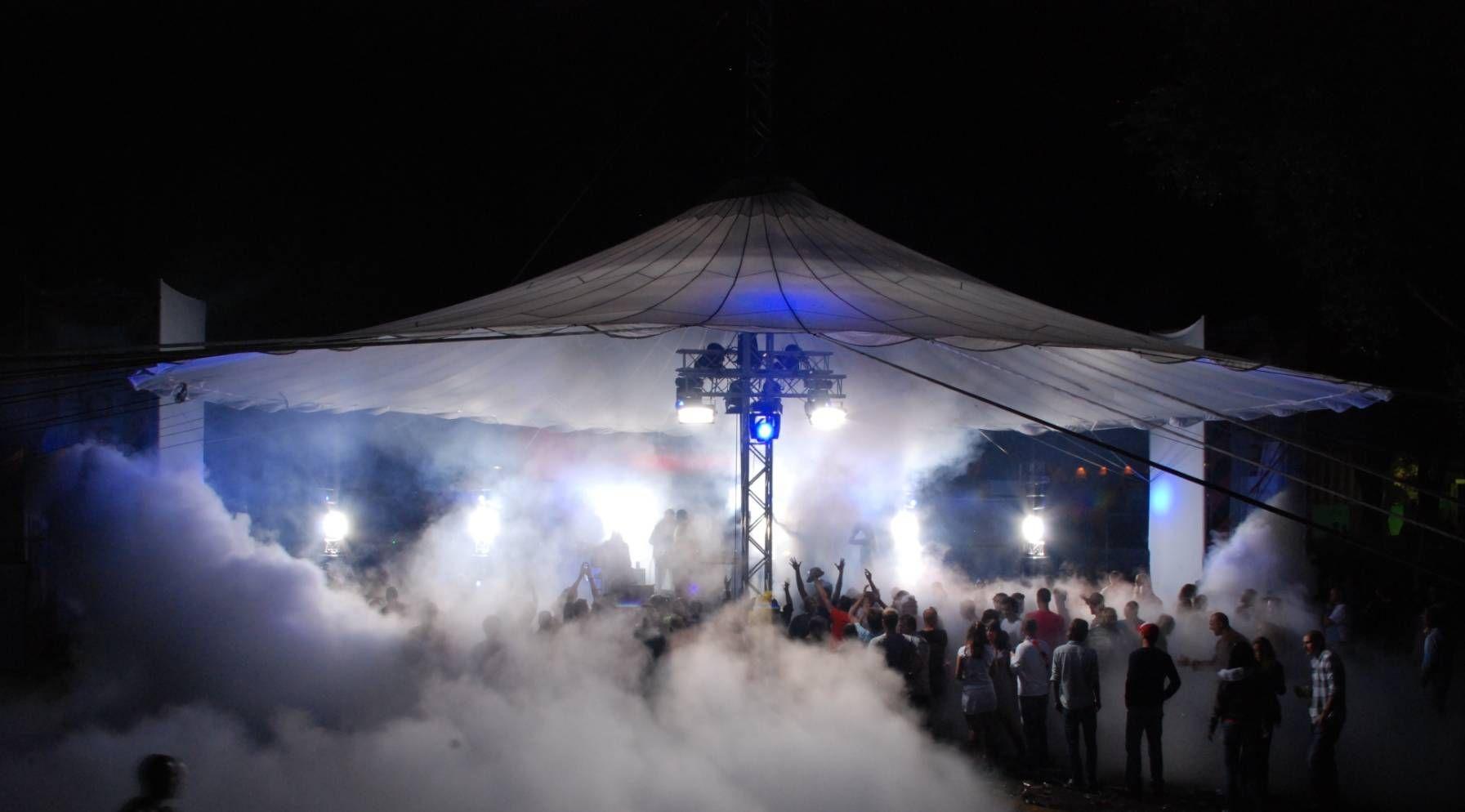 Perfect sky 15 meter middenmast festival amsterdam